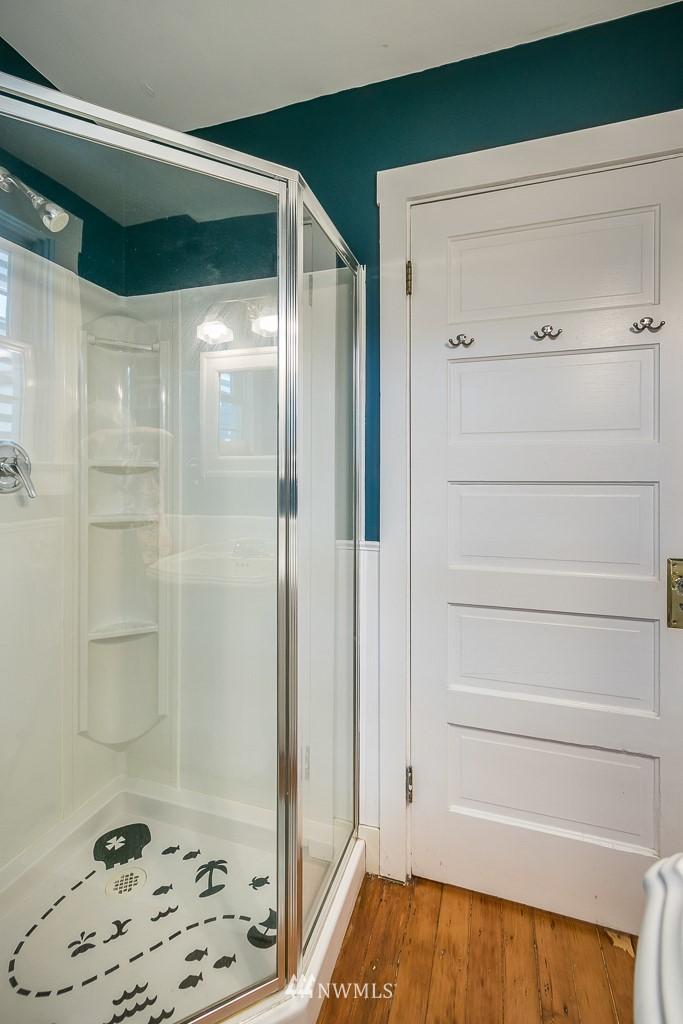 Sold Property | 4030 Evanston Avenue N Seattle, WA 98103 23