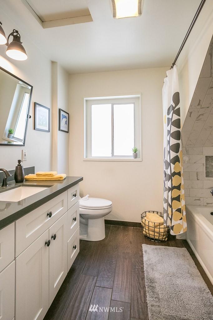Sold Property | 4030 Evanston Avenue N Seattle, WA 98103 30