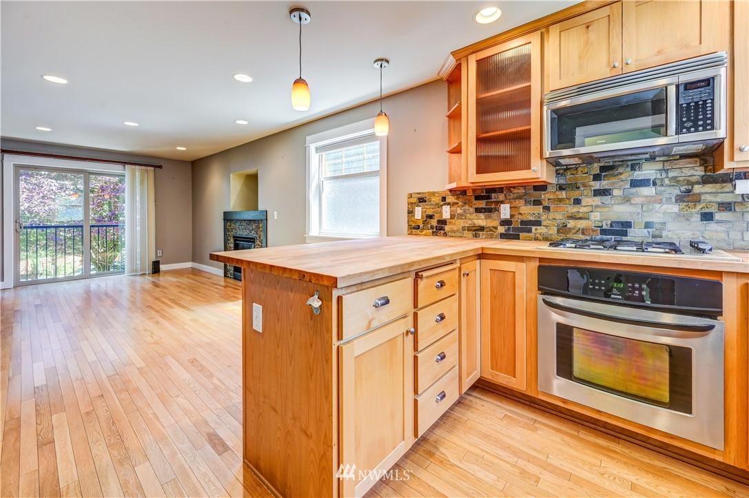 Sold Property | 3623 36th Avenue S Seattle, WA 98144 3