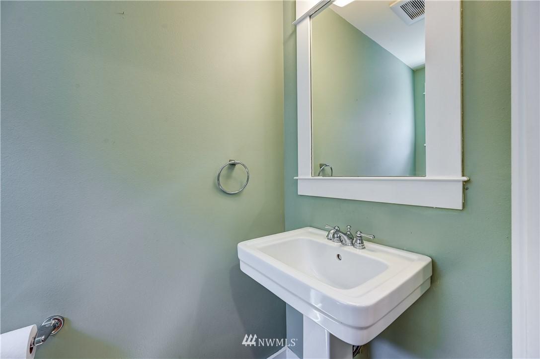 Sold Property | 3623 36th Avenue S Seattle, WA 98144 6