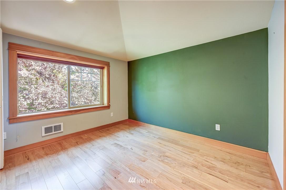 Sold Property | 3623 36th Avenue S Seattle, WA 98144 9