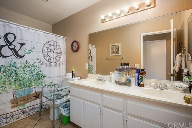 Pending | 10840 Olive Street Bloomington, CA 92316 15