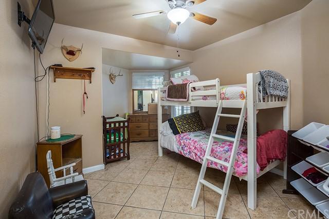 Pending | 10840 Olive Street Bloomington, CA 92316 16