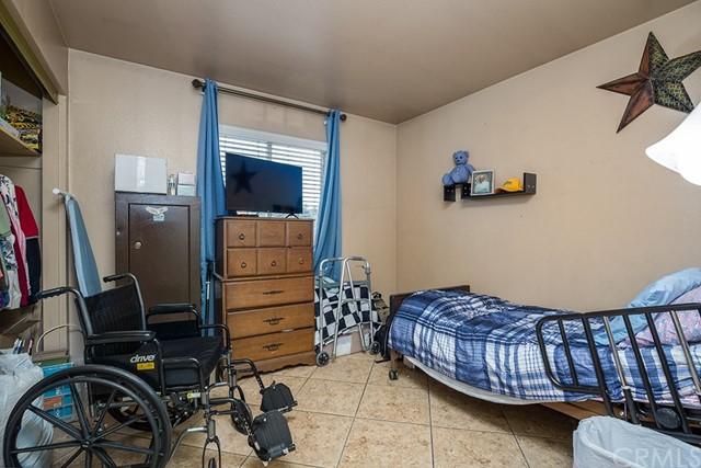 Pending | 10840 Olive Street Bloomington, CA 92316 17
