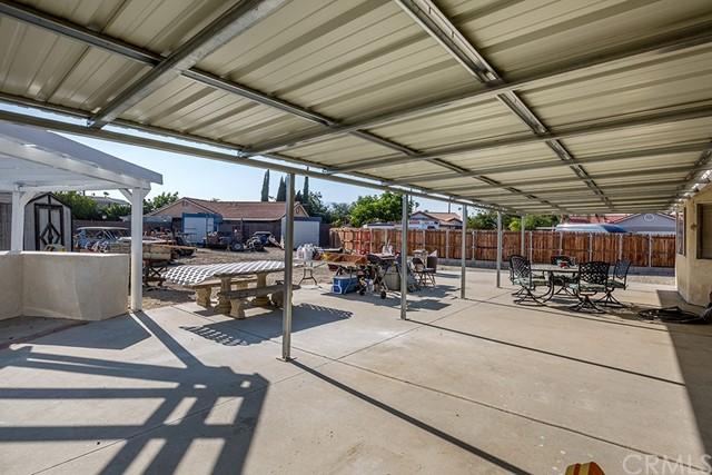 Pending | 10840 Olive Street Bloomington, CA 92316 23