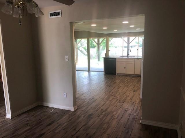 Pending | 418 Woodmere Drive Garland, Texas 75043 10