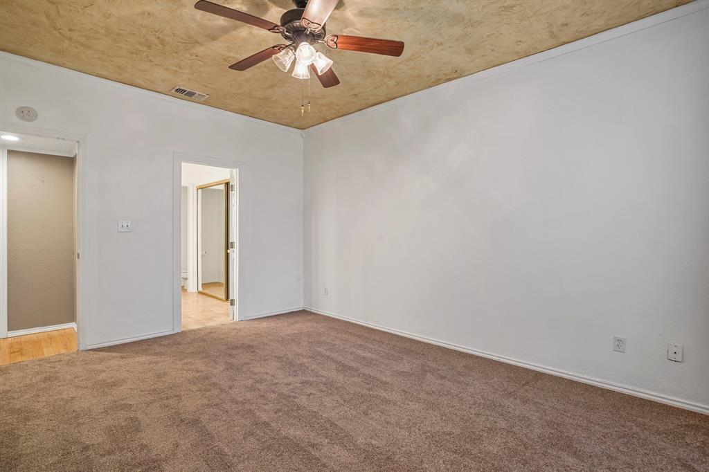 Pending   4522 Forestgate Circle Arlington, Texas 76017 17