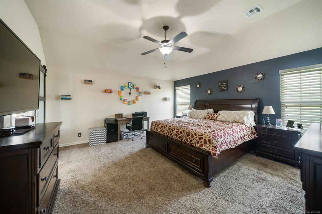 Off Market   25235 S Persimmon Court Claremore, Oklahoma 74019 21