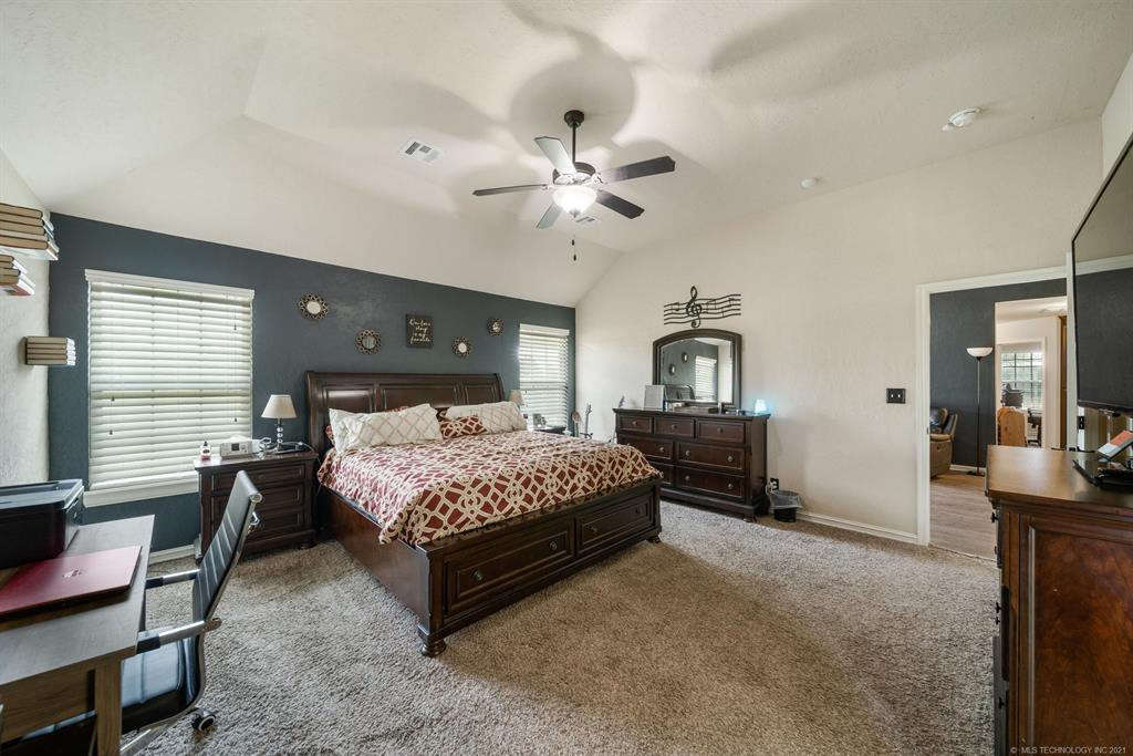 Off Market   25235 S Persimmon Court Claremore, Oklahoma 74019 22
