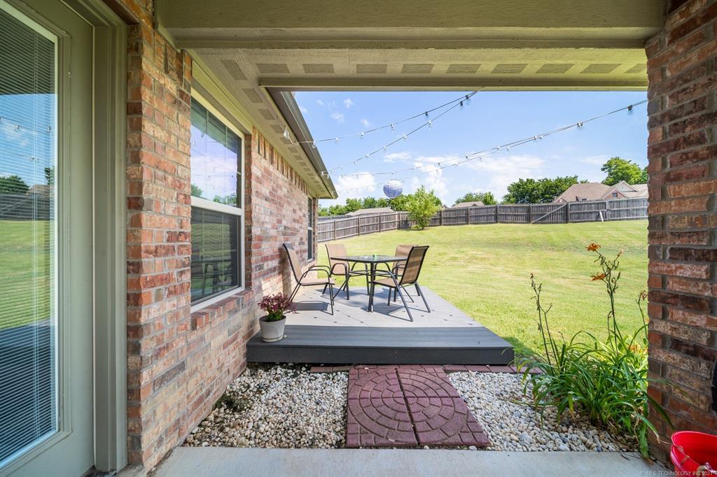 Off Market   25235 S Persimmon Court Claremore, Oklahoma 74019 36