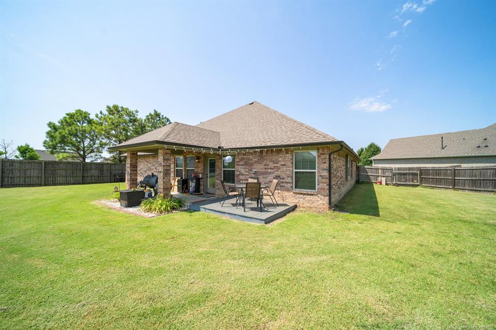 Off Market   25235 S Persimmon Court Claremore, Oklahoma 74019 38