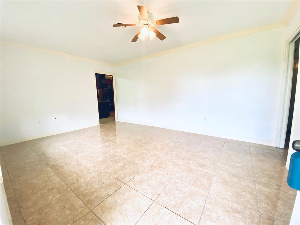 Off Market | 520 Stratford Street Highlands, Texas 77562 6
