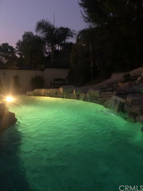 Pending | 1060 S Highridge Court Anaheim Hills, CA 92808 3