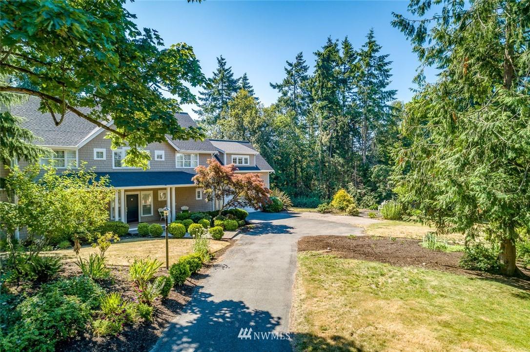 Sold Property | 9805 Hilltop Drive NE Bainbridge Island, WA 98110 2