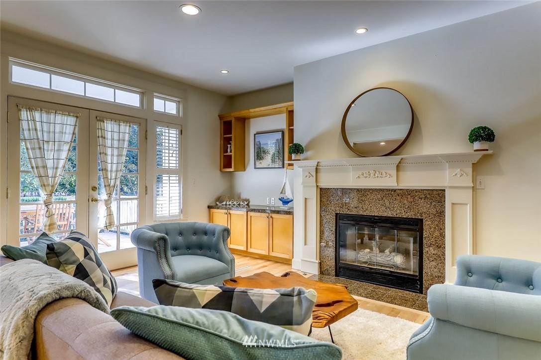 Sold Property | 9805 Hilltop Drive NE Bainbridge Island, WA 98110 14