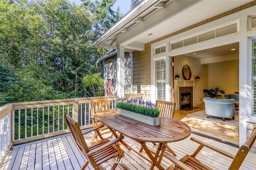 Sold Property | 9805 Hilltop Drive NE Bainbridge Island, WA 98110 16