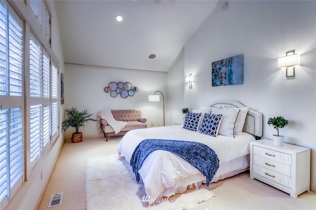 Sold Property | 9805 Hilltop Drive NE Bainbridge Island, WA 98110 24
