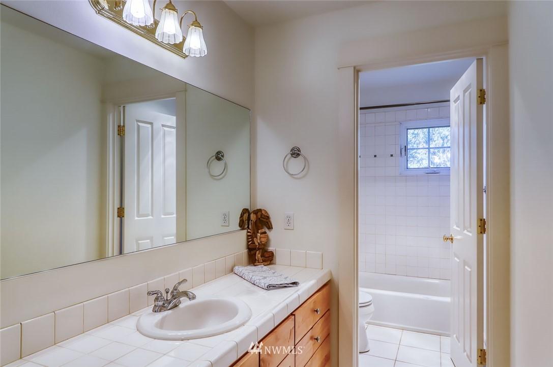 Sold Property | 9805 Hilltop Drive NE Bainbridge Island, WA 98110 26