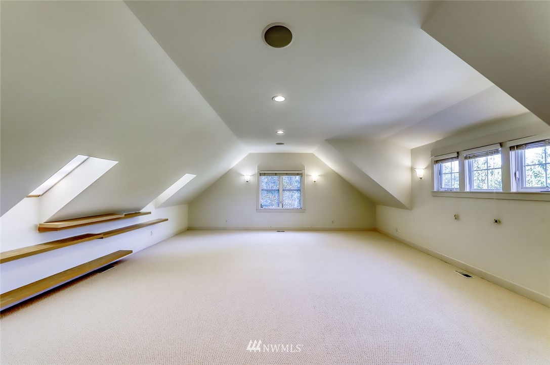 Sold Property | 9805 Hilltop Drive NE Bainbridge Island, WA 98110 30