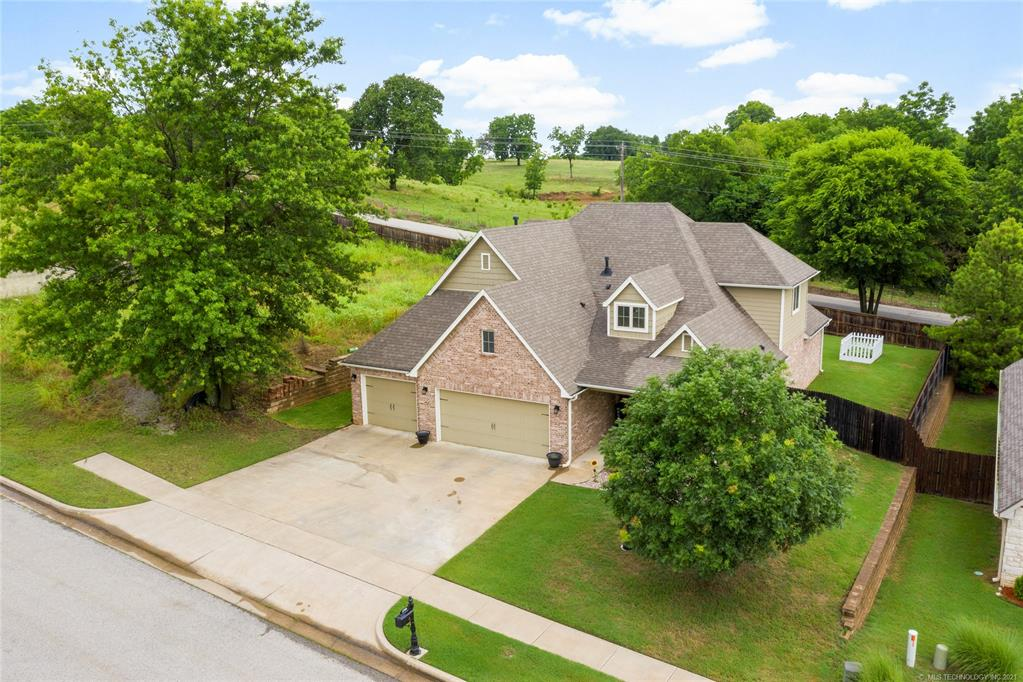 Active | 1706 Forest Hill Drive Claremore, Oklahoma 74017 2