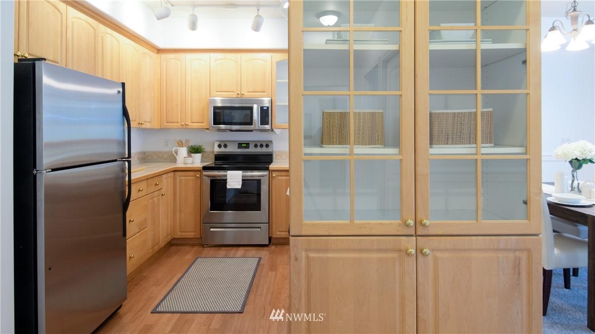 Sold Property | 6831 NE 170th Street #206 Kenmore, WA 98028 9