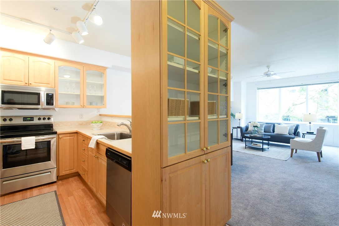 Sold Property | 6831 NE 170th Street #206 Kenmore, WA 98028 10