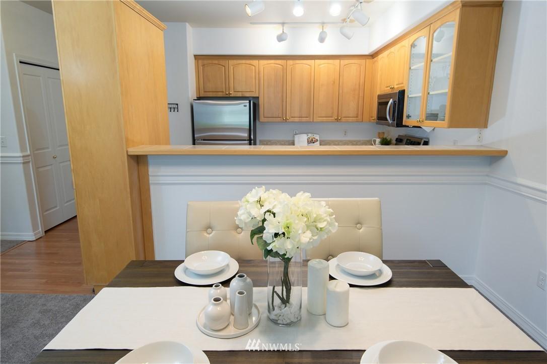 Sold Property | 6831 NE 170th Street #206 Kenmore, WA 98028 12