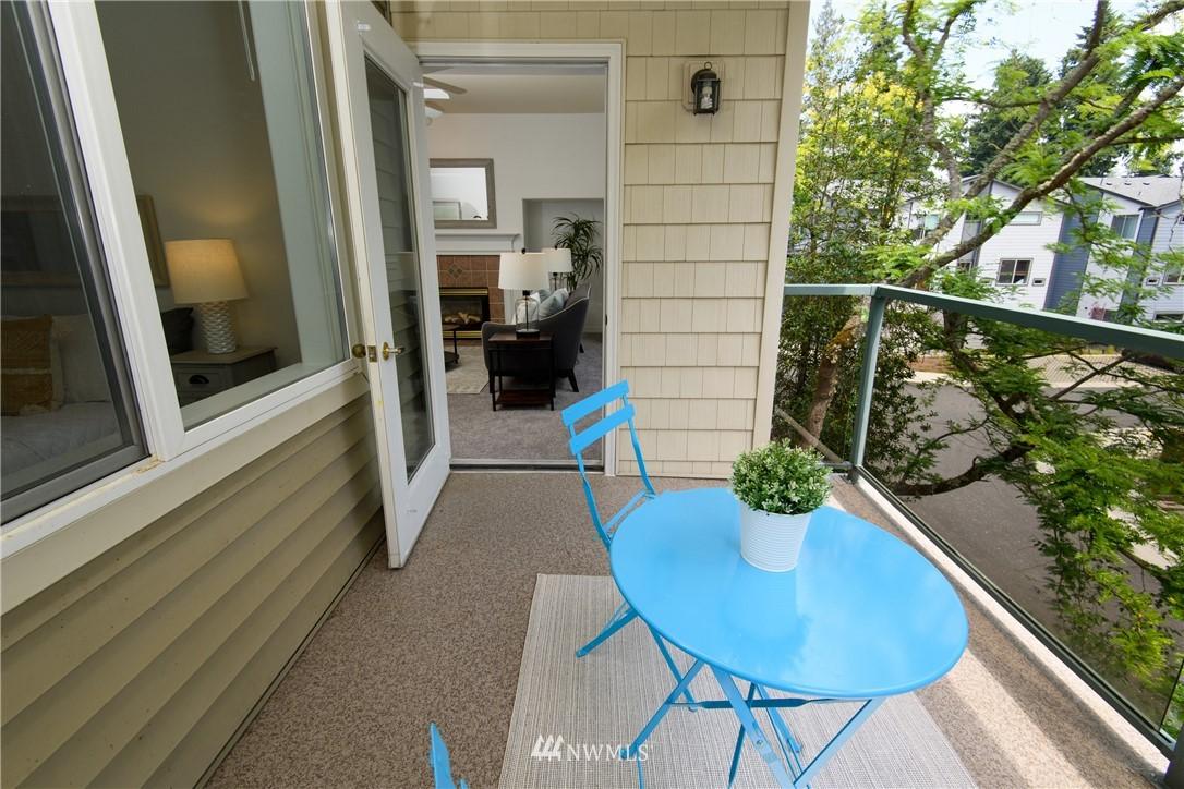 Sold Property | 6831 NE 170th Street #206 Kenmore, WA 98028 20