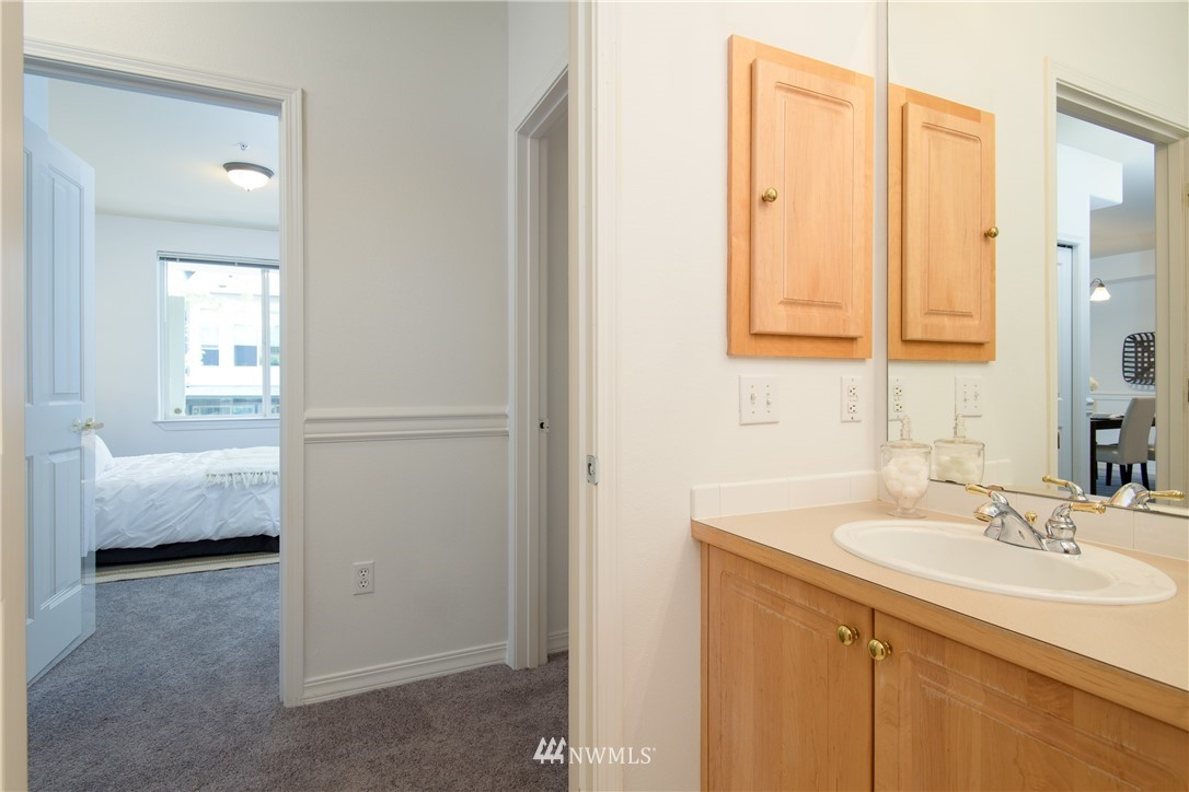 Sold Property | 6831 NE 170th Street #206 Kenmore, WA 98028 23