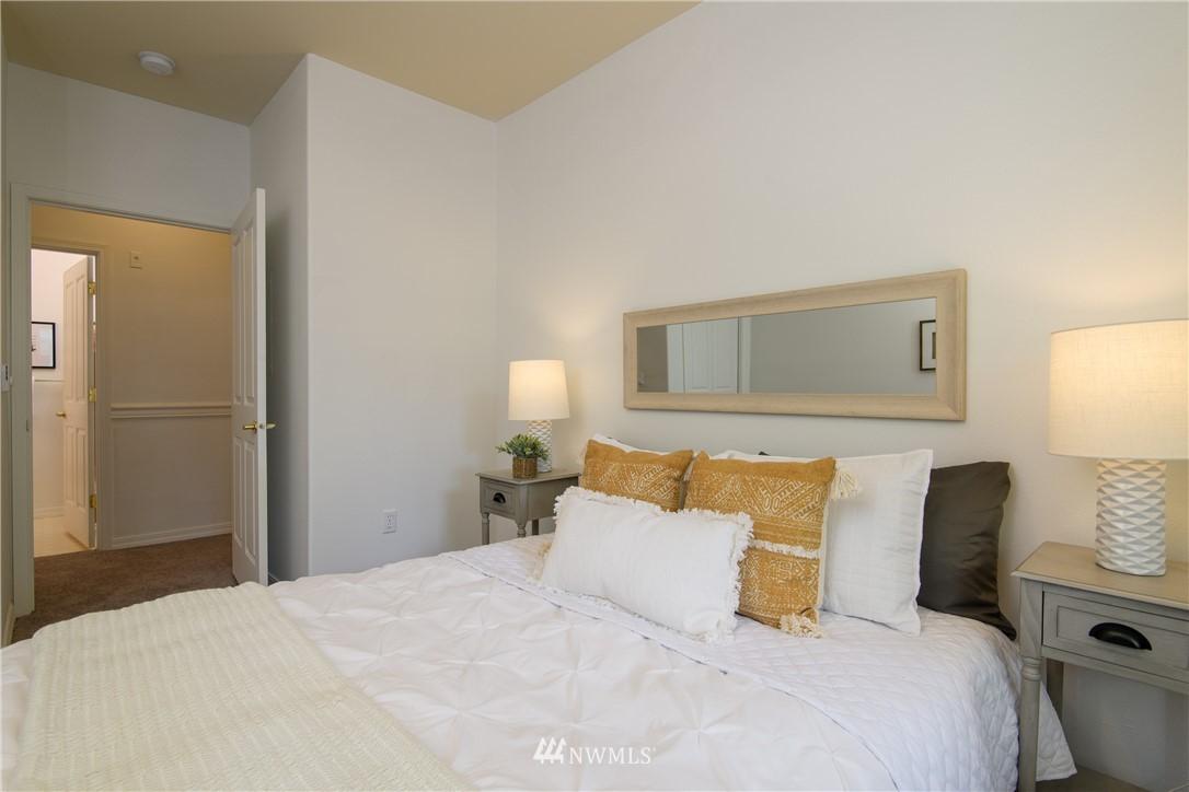 Sold Property | 6831 NE 170th Street #206 Kenmore, WA 98028 26