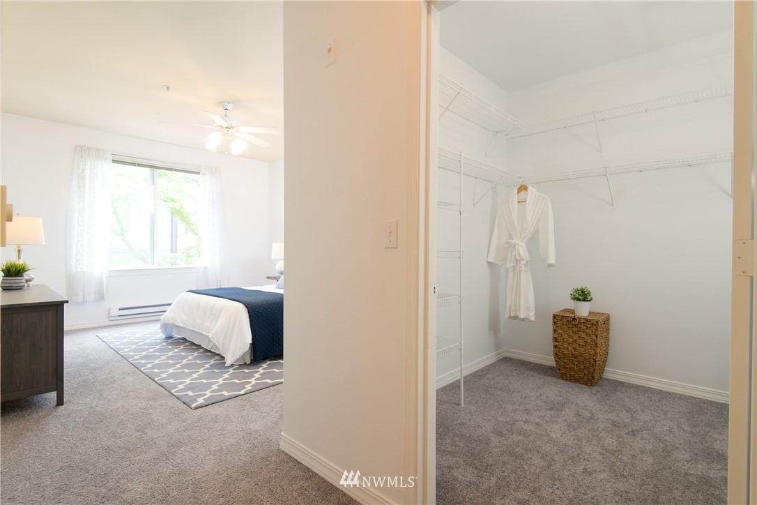 Sold Property | 6831 NE 170th Street #206 Kenmore, WA 98028 27