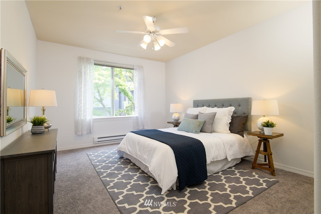 Sold Property | 6831 NE 170th Street #206 Kenmore, WA 98028 29