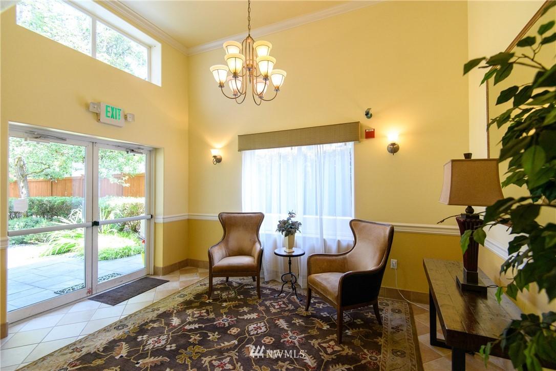 Sold Property | 6831 NE 170th Street #206 Kenmore, WA 98028 34