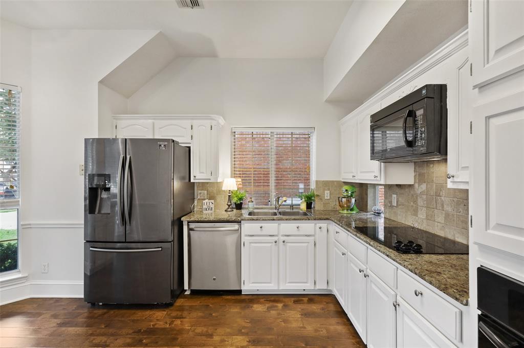 Sold Property | 1406 Pawnee Trail Carrollton, Texas 75007 10