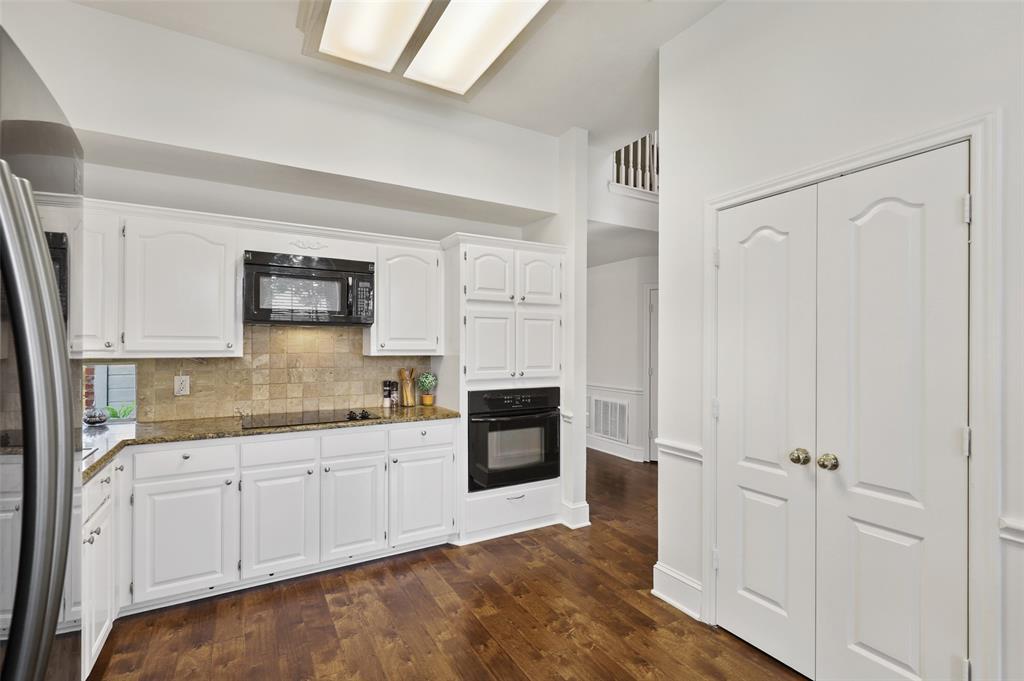 Sold Property | 1406 Pawnee Trail Carrollton, Texas 75007 11