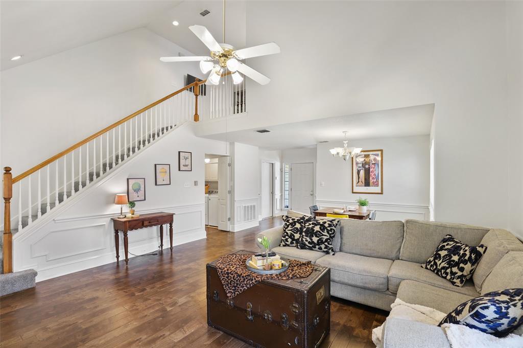 Sold Property | 1406 Pawnee Trail Carrollton, Texas 75007 7