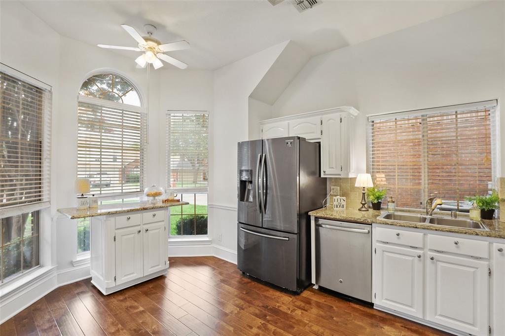 Sold Property | 1406 Pawnee Trail Carrollton, Texas 75007 9