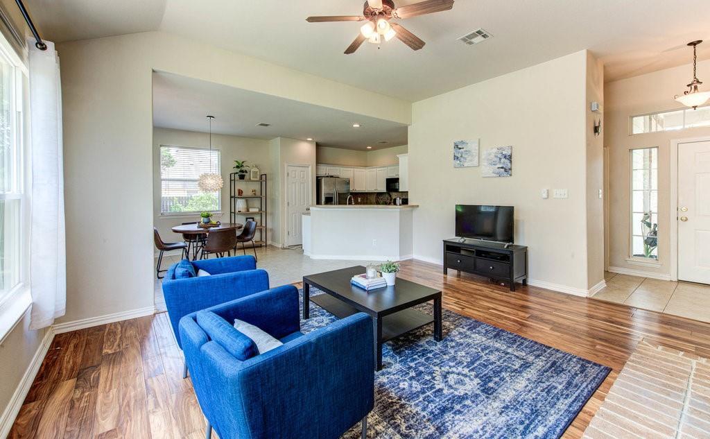 Pending | 108 Boulderwood Drive Liberty Hill, TX 78642 3
