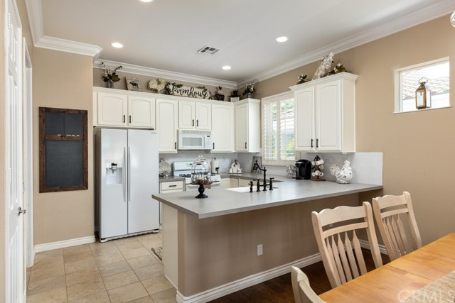 Active Under Contract | 1635 Landmark Way Beaumont, CA 92223 4