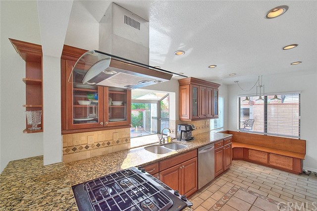 Closed | 13620 Meadow Crest Drive Chino Hills, CA 91709 9