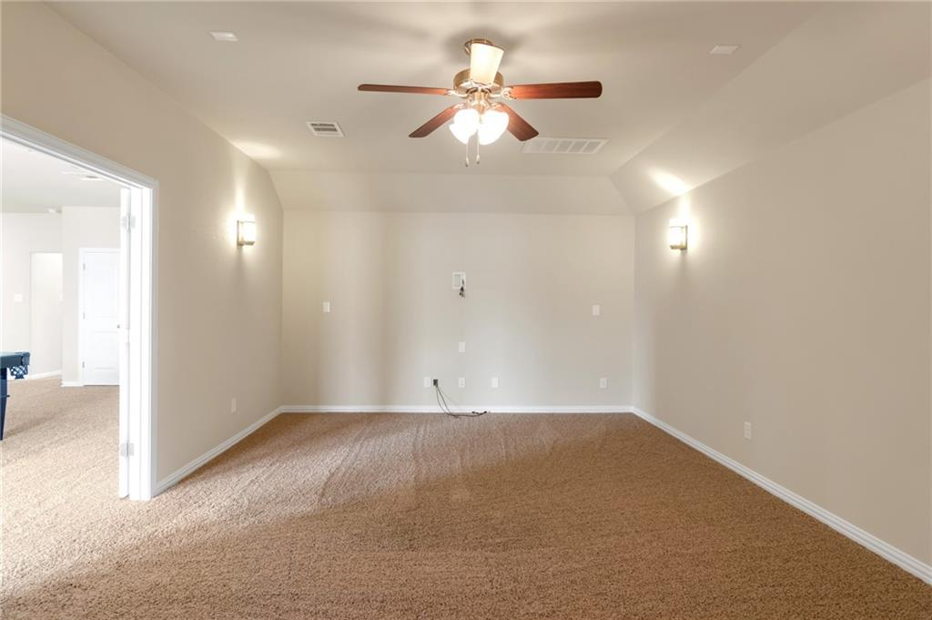 Closed   150 Lacebark Lane Buda, TX 78610 18
