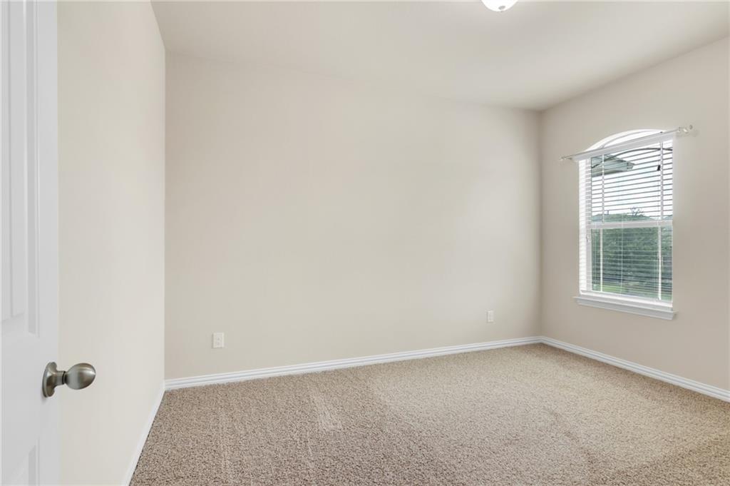 Closed   150 Lacebark Lane Buda, TX 78610 26