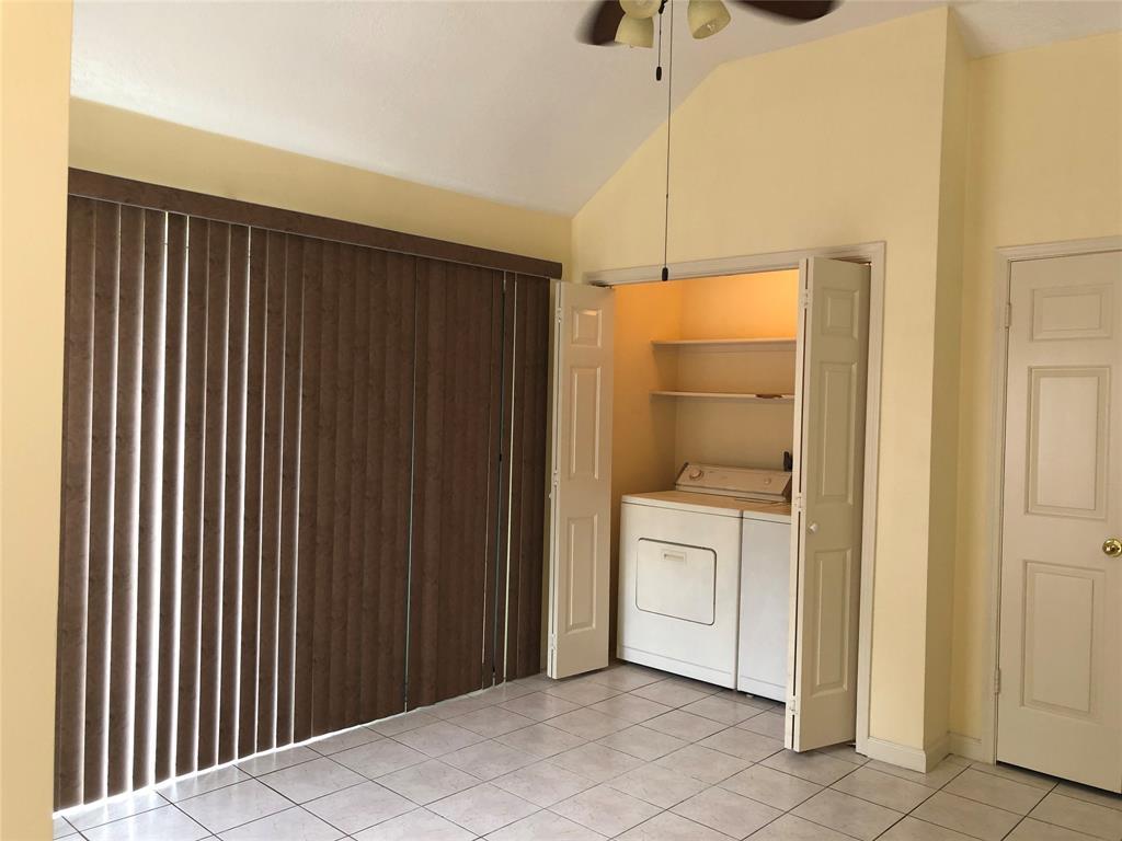 Off Market   3243 Ashfield Drive Houston, Texas 77082 9