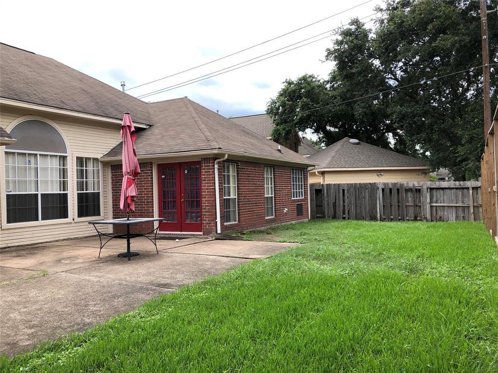 Off Market   3243 Ashfield Drive Houston, Texas 77082 27