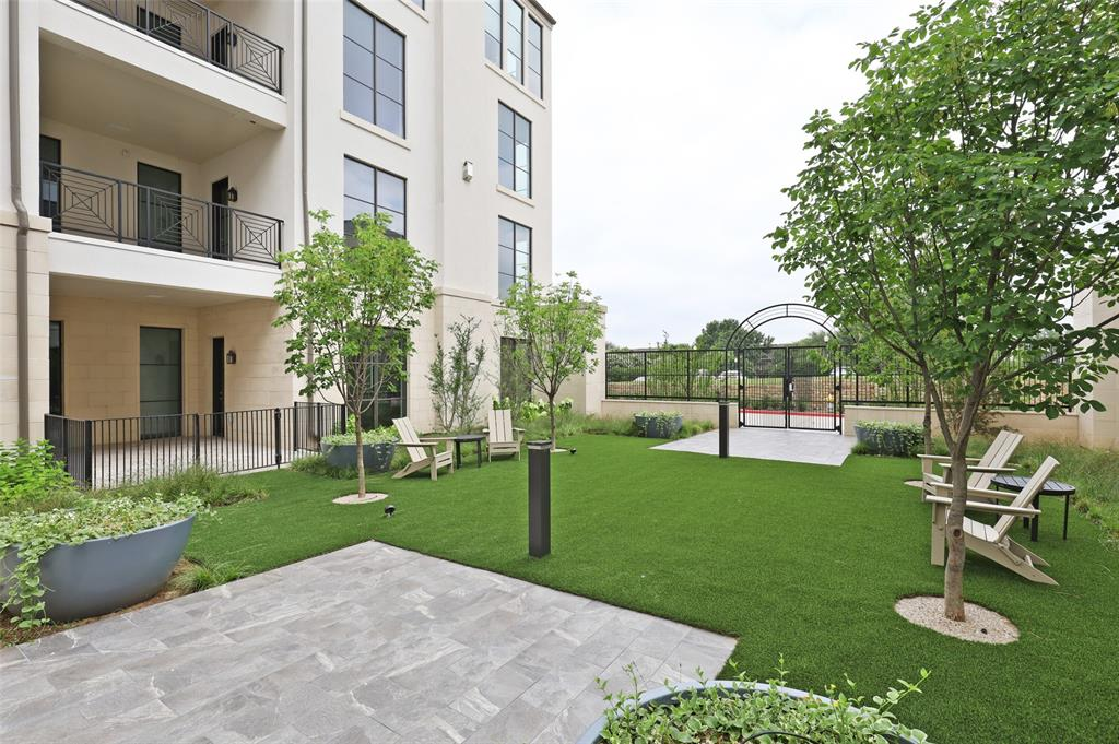 Active | 5270 Town and Country Boulevard #111 Frisco, Texas 75034 12