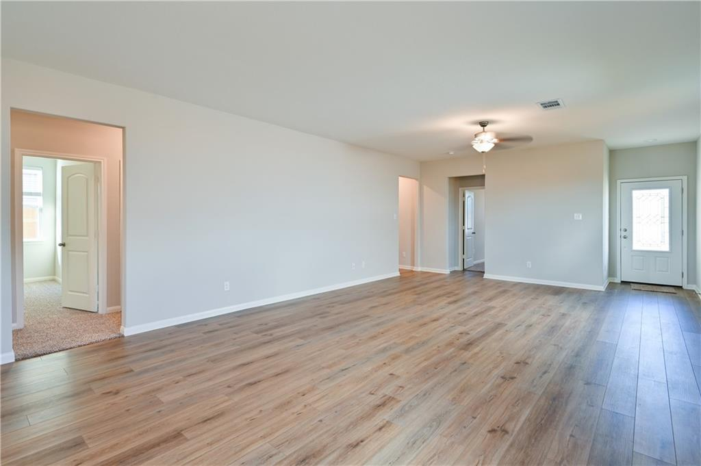 Closed   248 Mount Vernon Way Liberty Hill, TX 78642 8