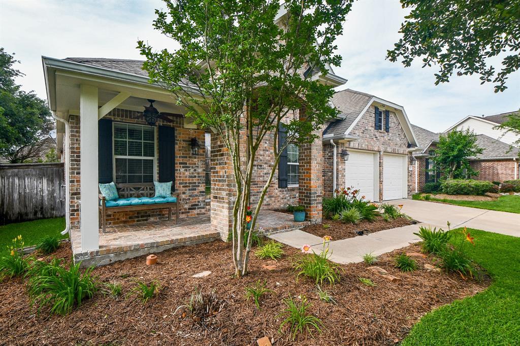 Pending | 27210 Kendal Ridge Lane Cypress, Texas 77433 3