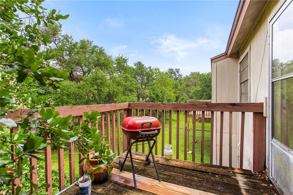 Active | 303 Hedgewood Drive Georgetown, TX 78628 26