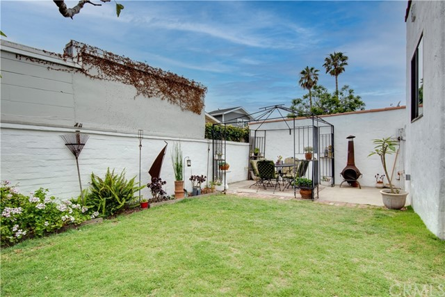 Active Under Contract | 703 El Redondo Avenue Redondo Beach, CA 90277 25