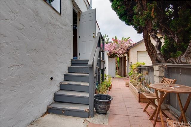 Active Under Contract | 703 El Redondo Avenue Redondo Beach, CA 90277 47